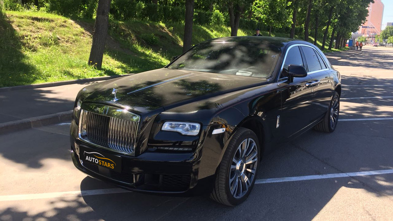 Rolls Royce Ghost 2018 full